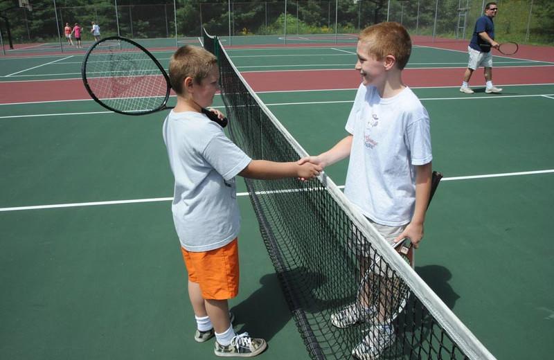 Tennis court at Lake George RV Park.