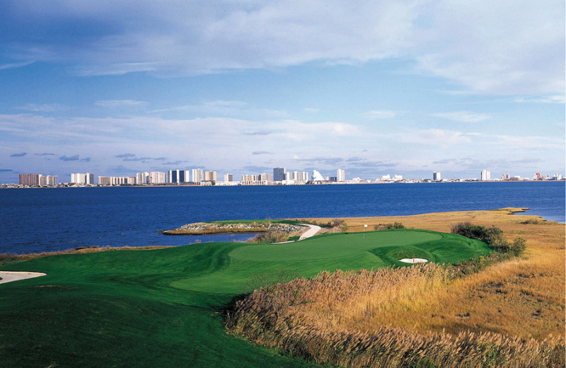 Golf course near Quality Inn Oceanfront Ocean City.