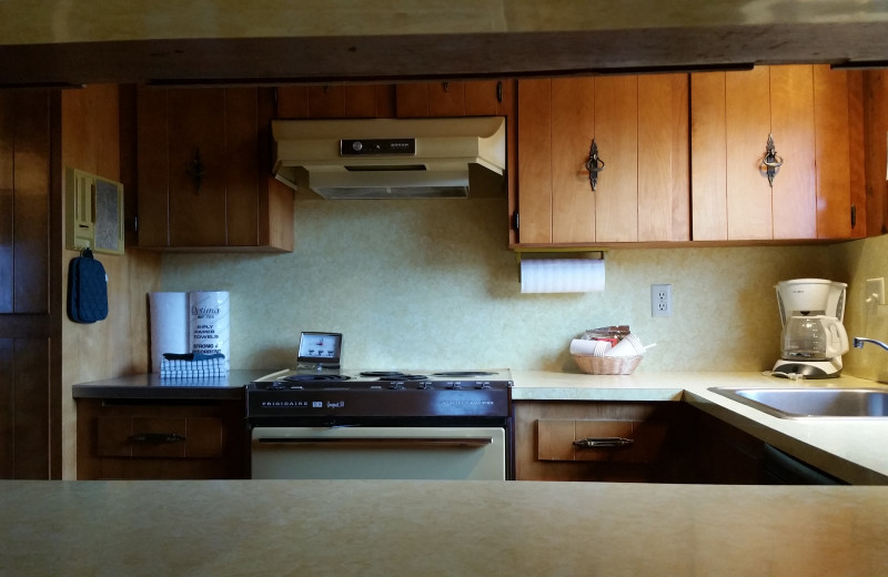 Guest kitchen at Sunset Oceanfront Lodging.