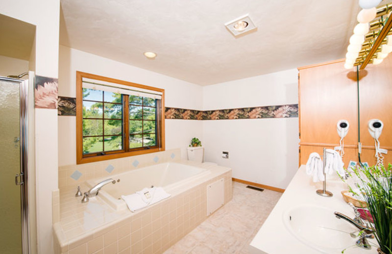 Guest bathroom at Glidden Lodge Beach Resort.