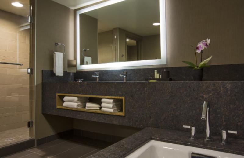 Suite Bathroom at Hyatt Regency