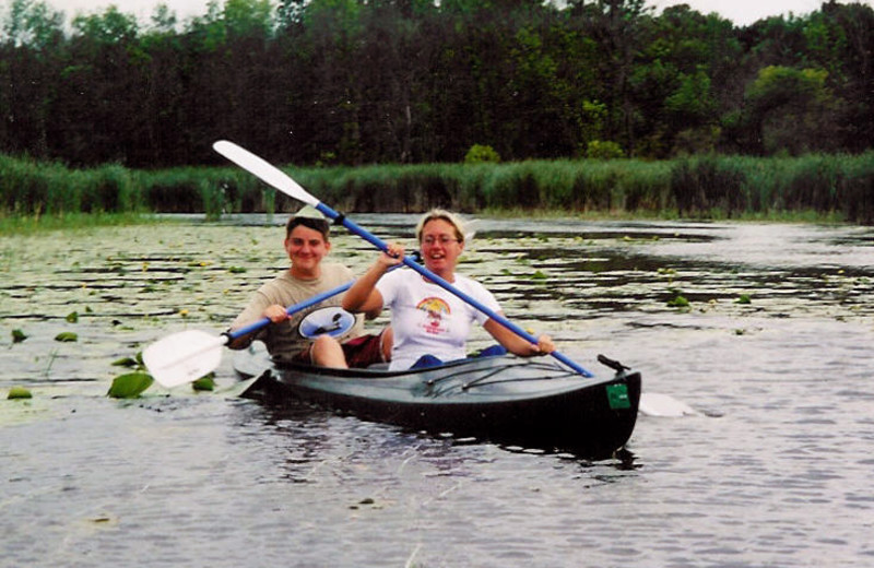 Canoeing at Battle View Resort.