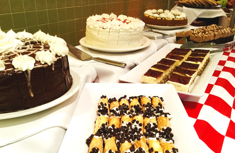 Desserts at Holiday Inn Resort Orlando Suites - Waterpark.