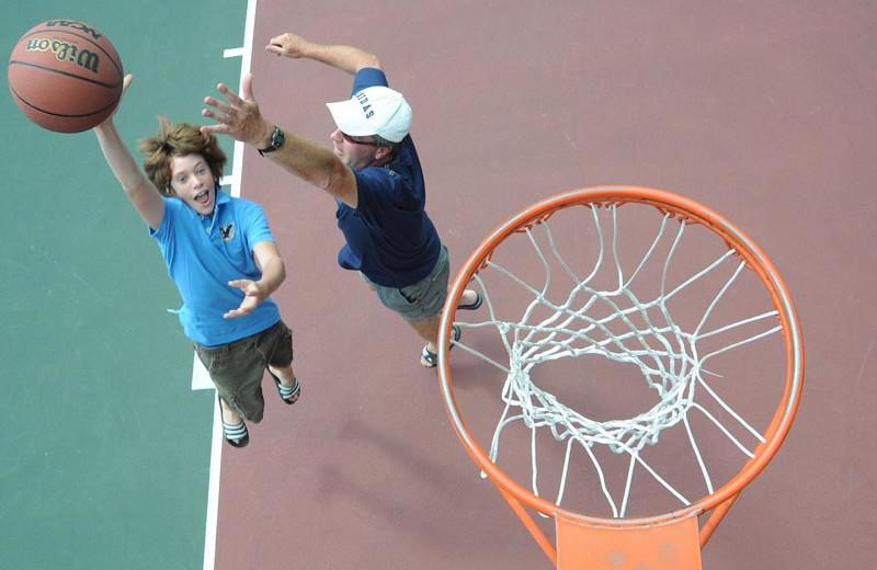 Basketball at Lake George RV Park.
