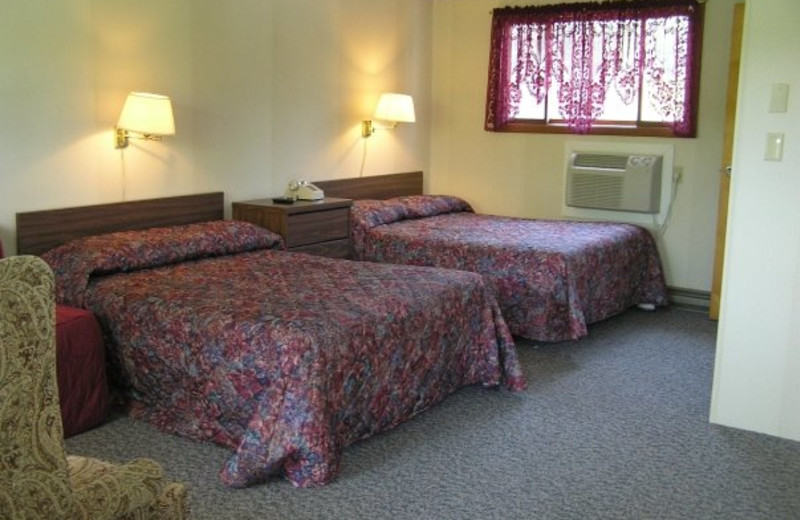 Guest Room at Wolff's Maple Breeze Resort