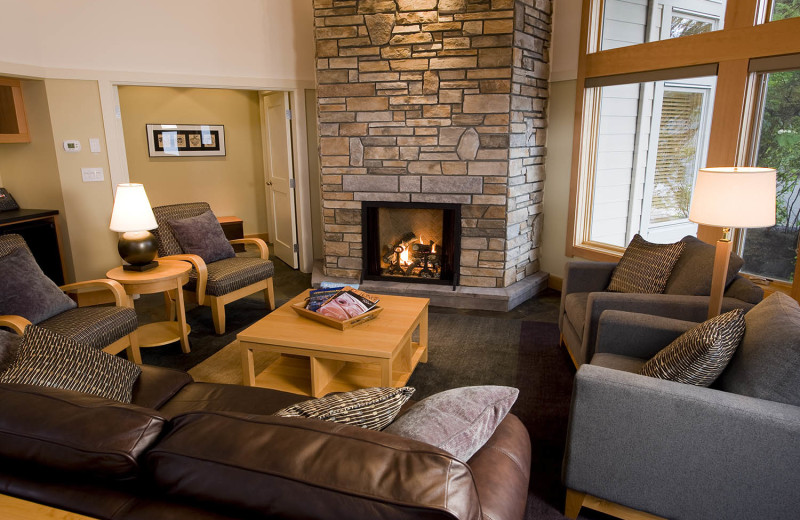Guest living room at Sonora Resort and Conference Centre, Canada.