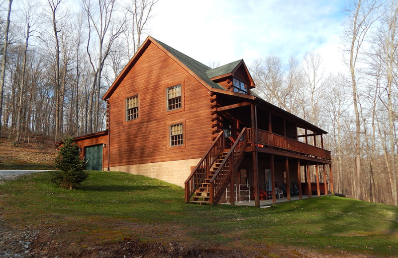 Cabin exterior at Cut Above Cabins.