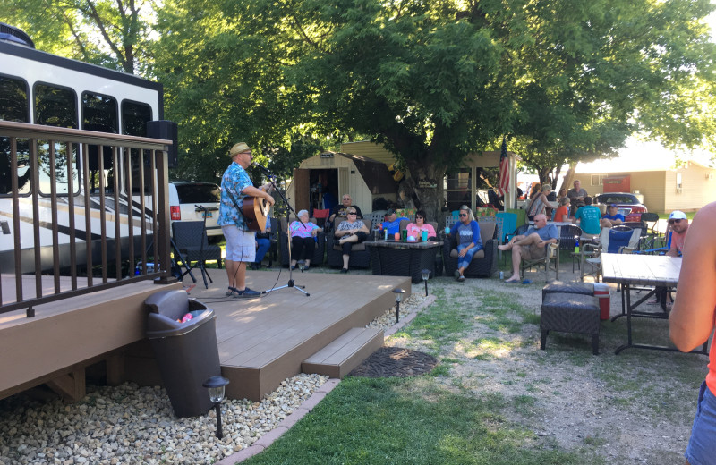 Live music at Ten Mile Lake Resort.