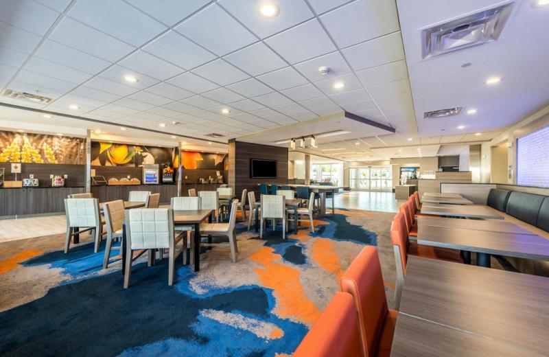 Dining at Fairfield Inn & Suites - Stevensville.