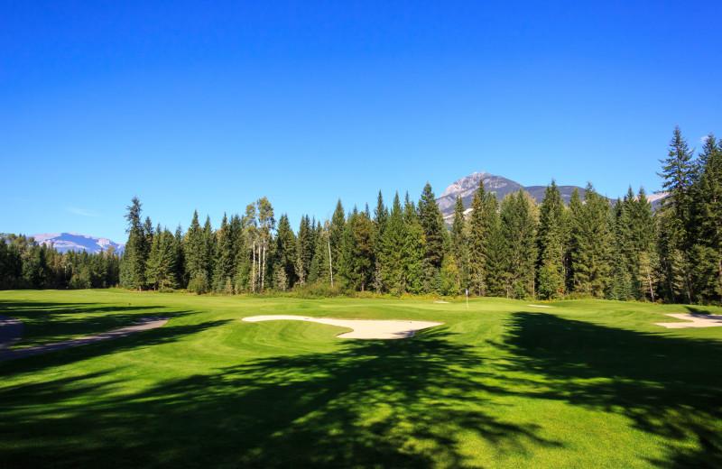 Golf near Cedar House Restaurant & Chalets.