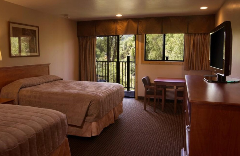 Two bed guest room at Rabbit Ears Motel.