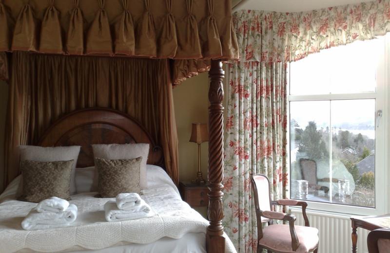 Guest room at Blenheim Lodge.