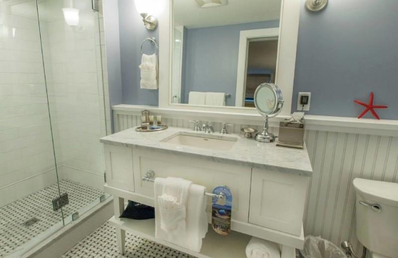 Guest bathroom at Inn at Diamond Cove.