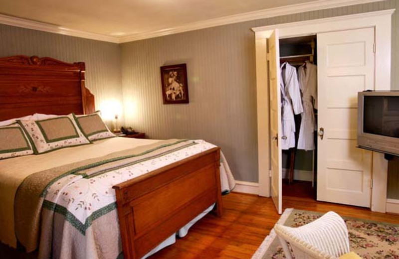 Guest room at The Corinthian Bed and Breakfast.