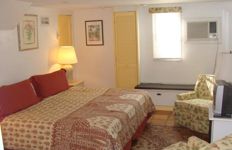 Guest room at Key West At Its Best.