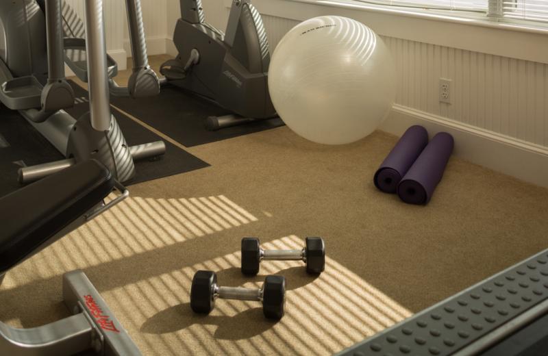 Fitness room at Lord Camden Inn.