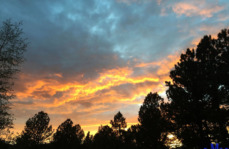 sunset at Cozy Mountain Condo (AMM Properties).