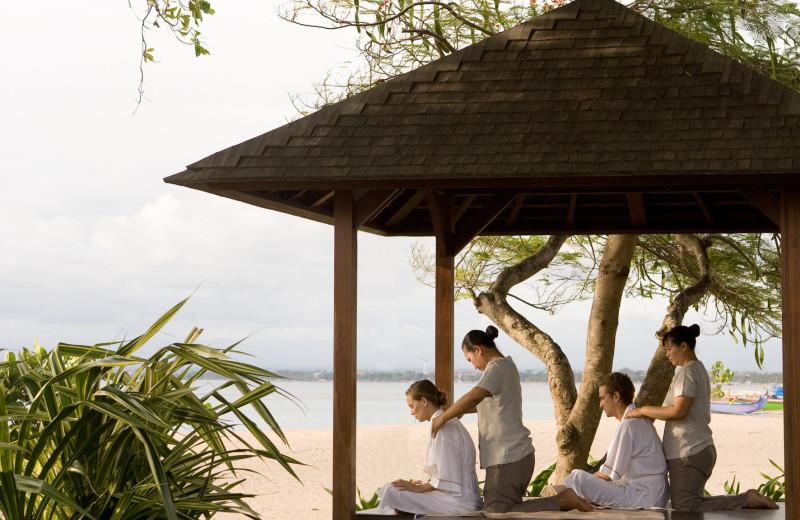 Spa treatment at Holiday Inn Resort Balihai.