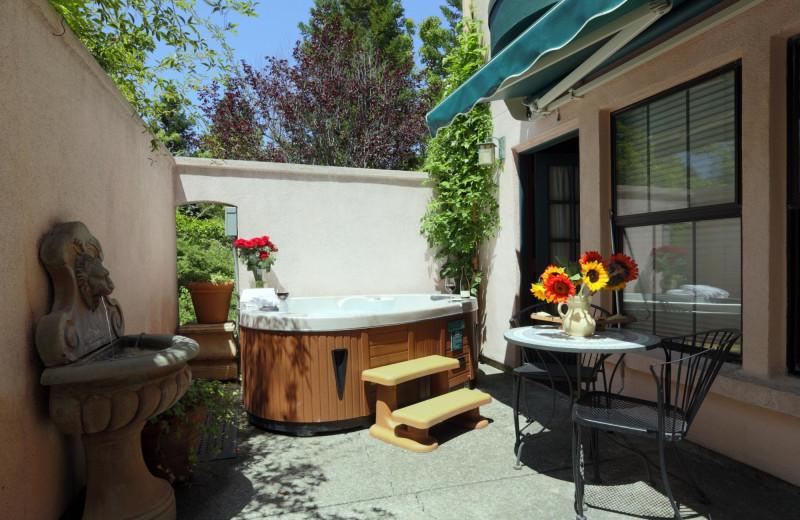 Hot tub at Applewood Inn, Restaurant and Spa.