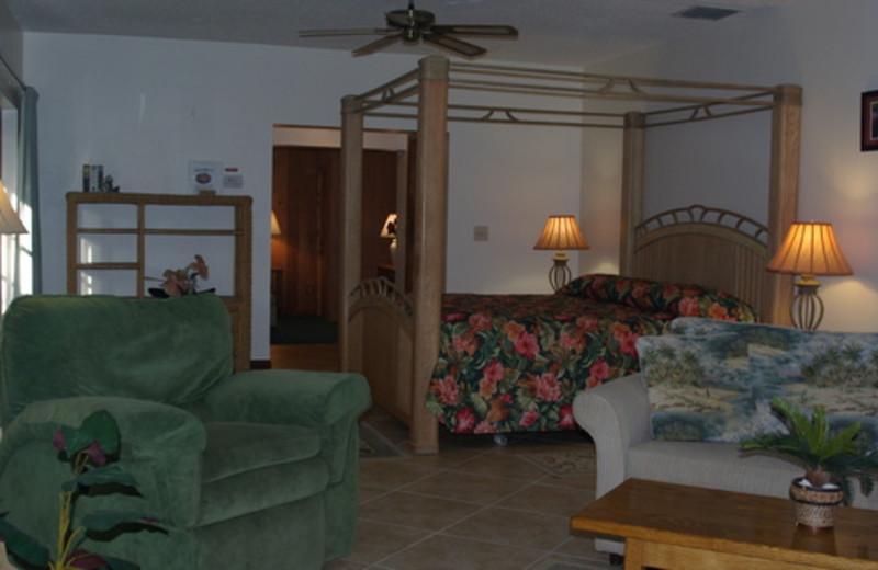 Cottage guest room at Rock Reef Resort.