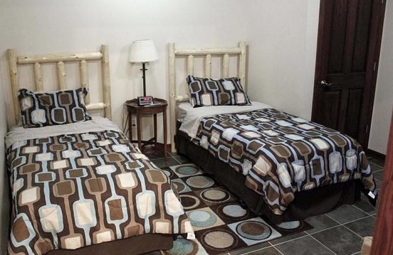 Guest bedroom at Nitschke's Northern Resort.