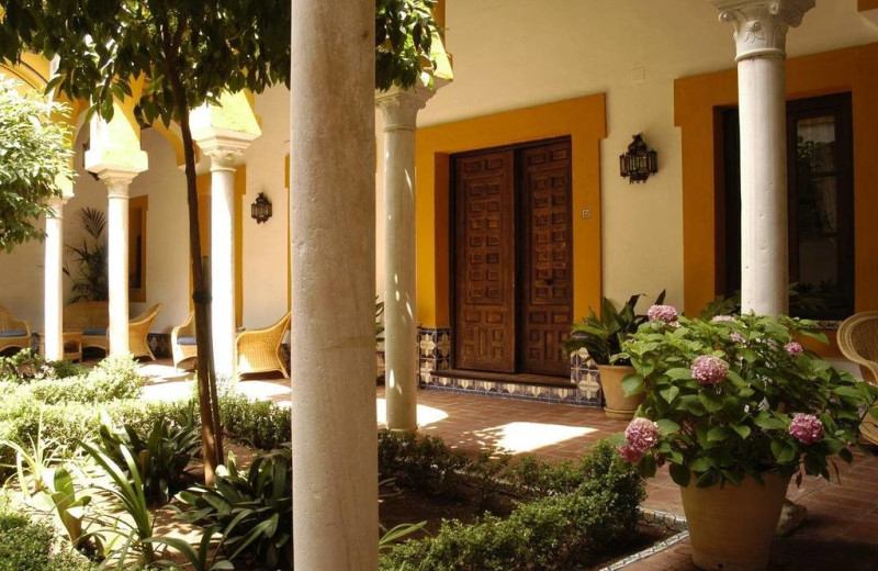 Exterior view of Hotel Casa Imperial.