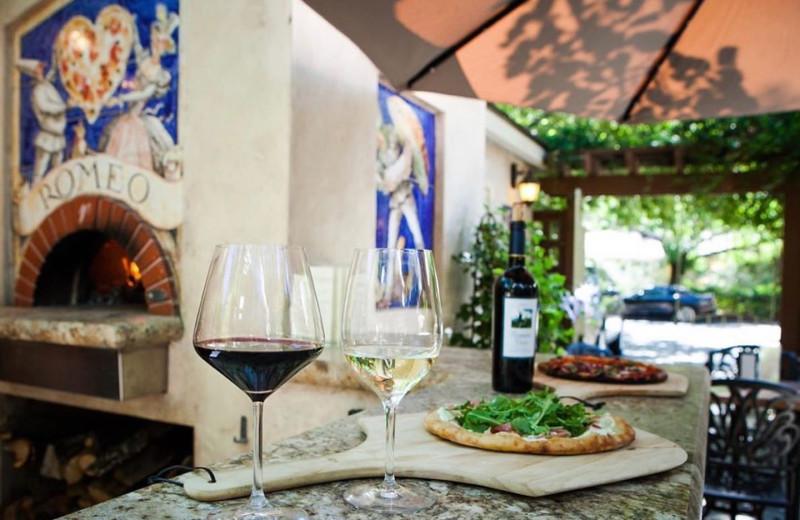 Dining at Aurora Park Cottages.