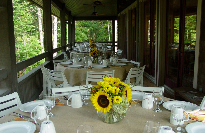 Dining tables at Splendor Mountain.