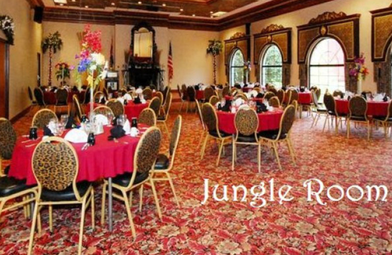 Jungle room at Clarion Hotel at The Palace.