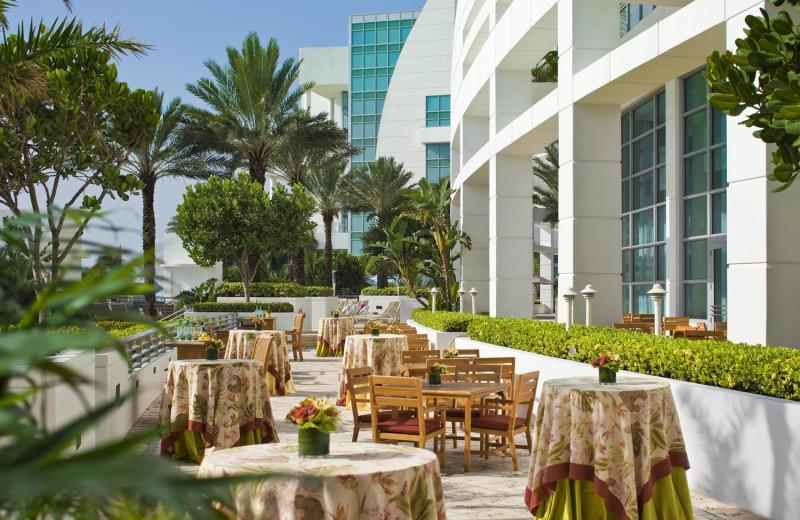 Outdoor dining at The Westin Diplomat Resort.