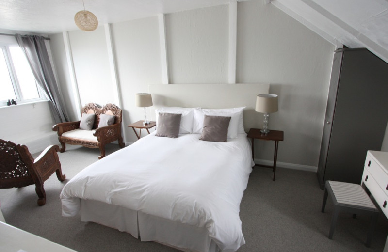 Guest room at Cliffside Hotel.