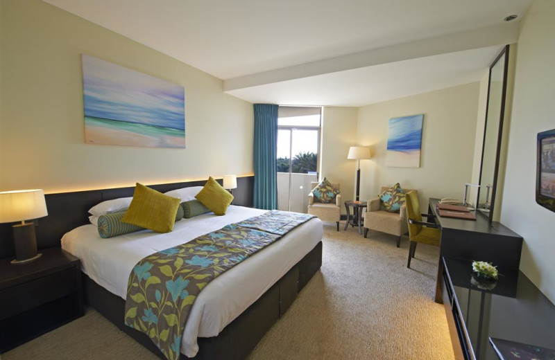 Guest room at Jebel Ali Hotel and Golf Resort.