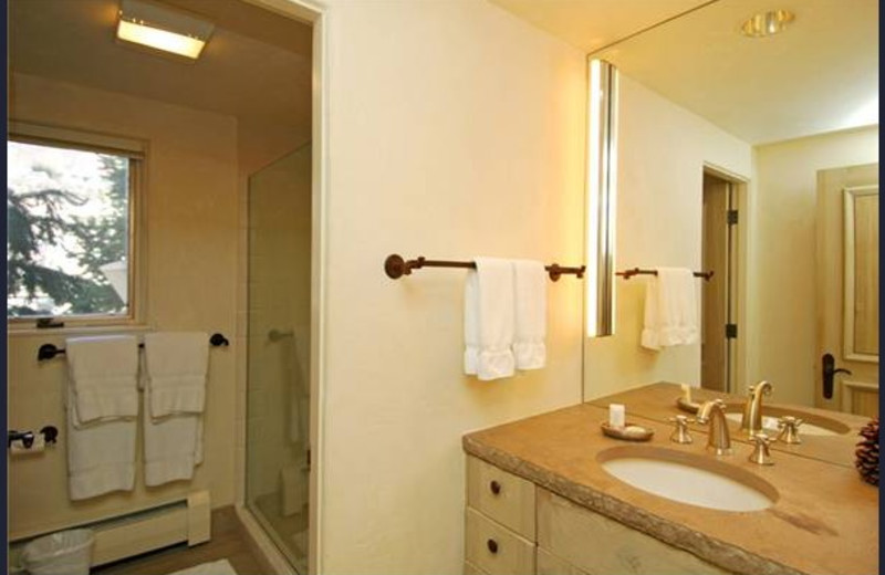 Rental bathroom at Frias Properties of Aspen - Red Mountain Retreat.