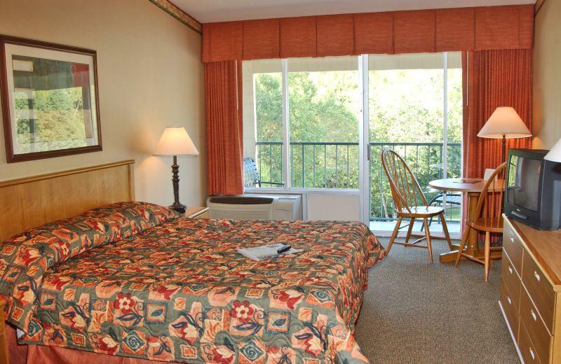 King Suite at  Glenstone Lodge