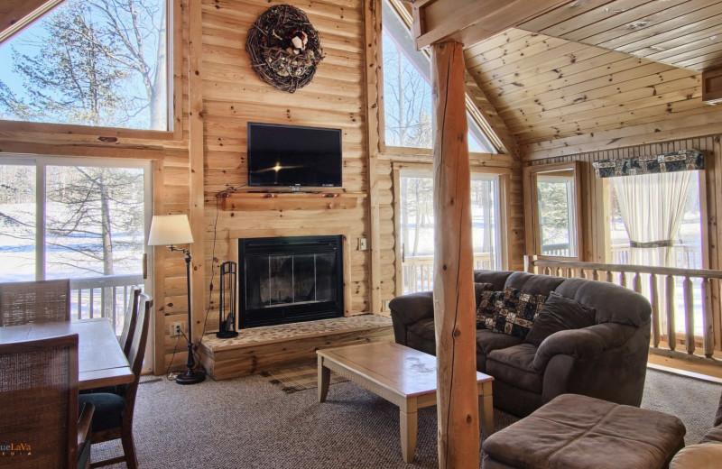 Cottage living room at Hawk's Eye Golf Resort.