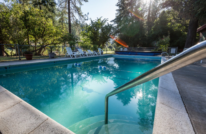 Outdoor pool at Morrison's Rogue River Lodge.