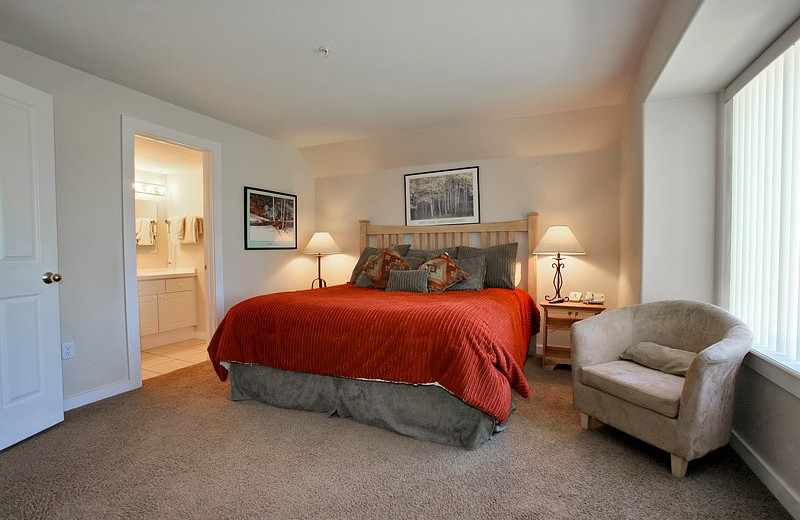 Guest room at Swan Mountain Resort.