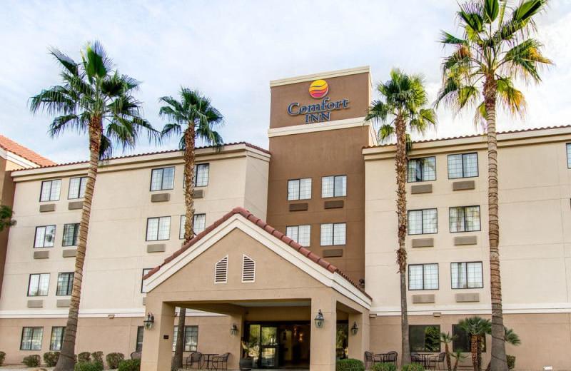 Exterior view of Comfort Inn Chandler - Phoenix South.