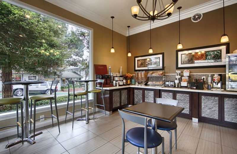 Continental Breakfast at Best Western Carmel's Town House Lodge