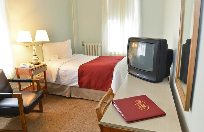 Guest room at Penn Wells Hotel & Lodge.