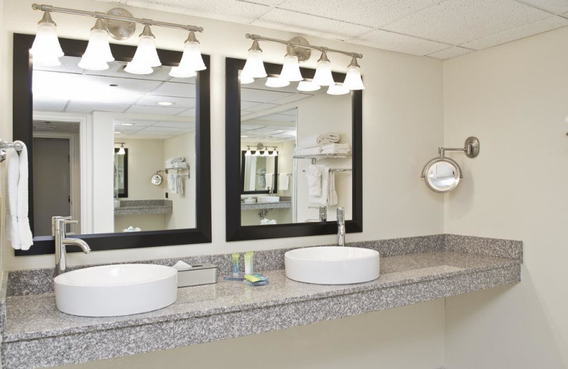 Guest bathroom at Radisson Hotel Branson