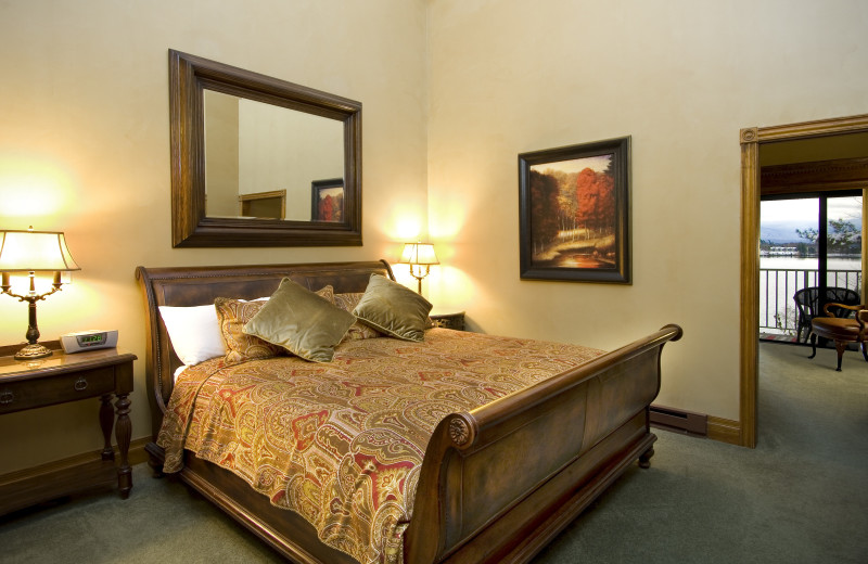 Guest room at Mirror Lake Inn Resort & Spa.
