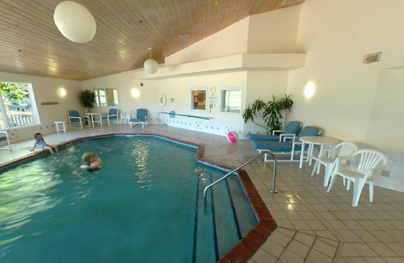Indoor pool at Aspen Lodge.
