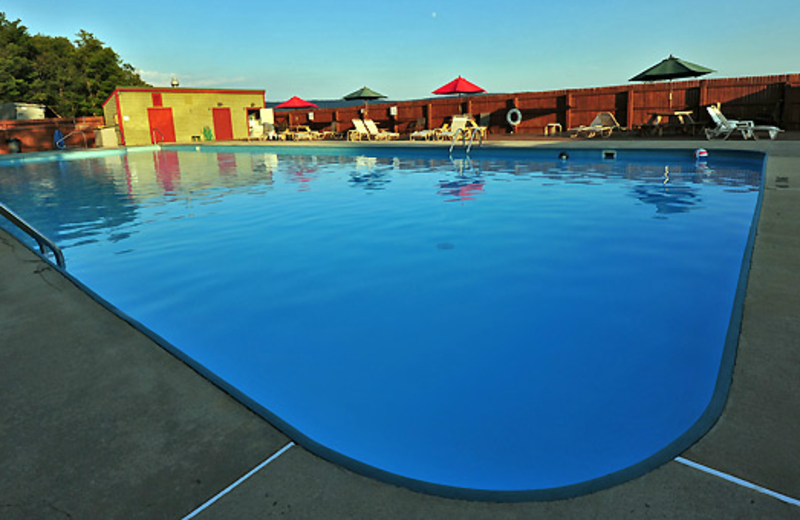 Outdoor pool at Black Bear Resort Rentals.