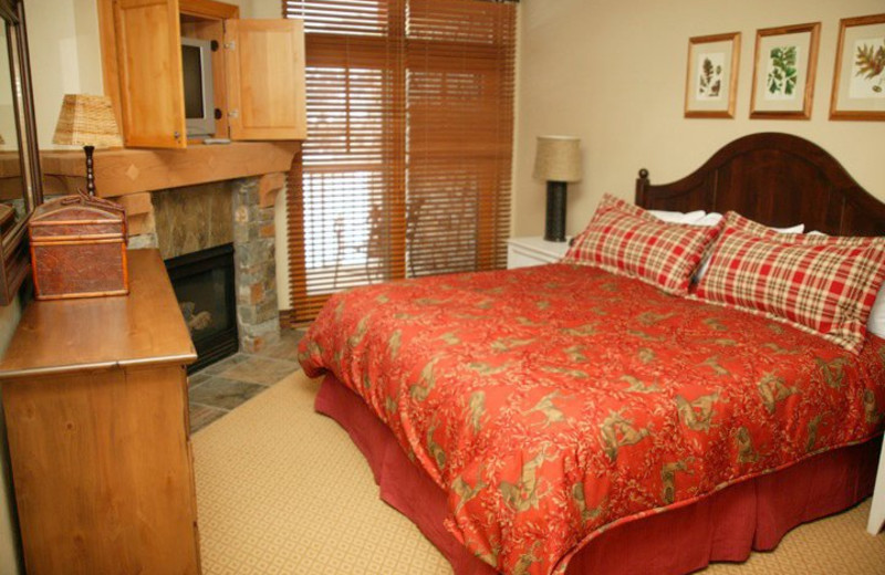 Guest room at Miners Club Resort.