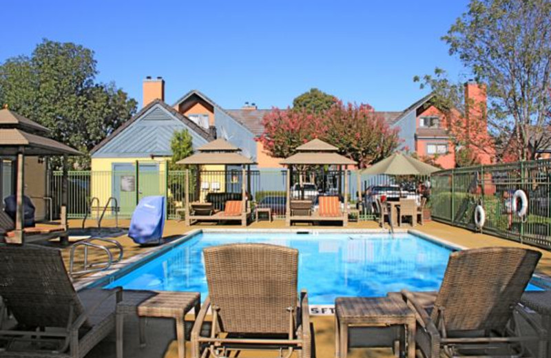 Outdoor pool at Residence Inn Livermore Pleasanton.
