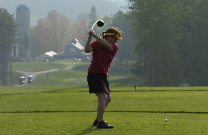Golf course near Carriage Ridge Resort at Horseshoe Valley.