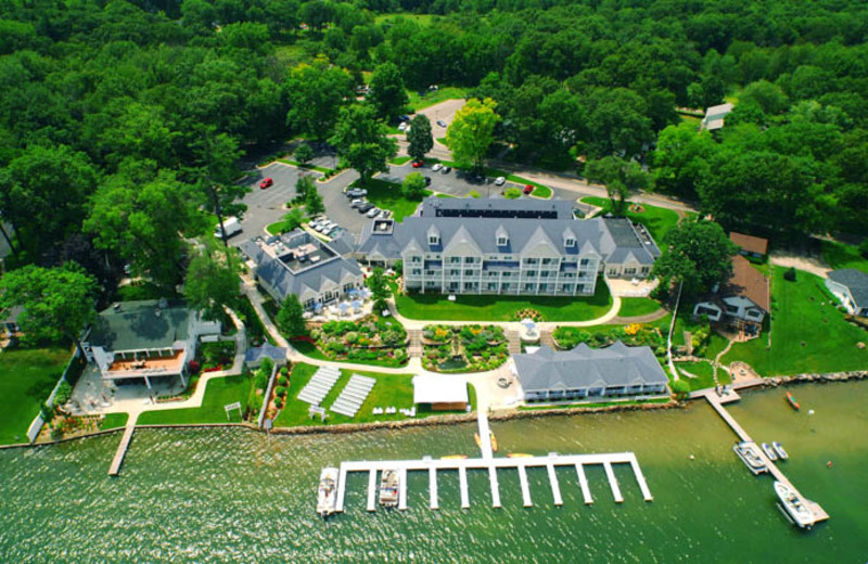 Aerial view of Bay Pointe Inn Lakefront Resort.