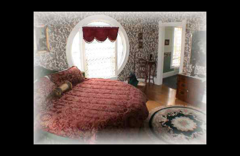Guest room at Lady Goodwood Bed & Breakfast.