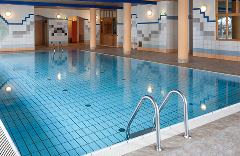Indoor pool at Sporthotel Fontana.